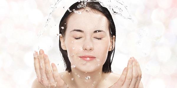 水素水洗顔